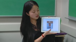 Student in ESL class uses iPad